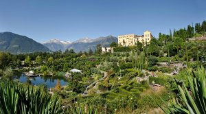 Panoramica-dei-Giardini-di-Castel-Trauttmansdorff-a-Merano